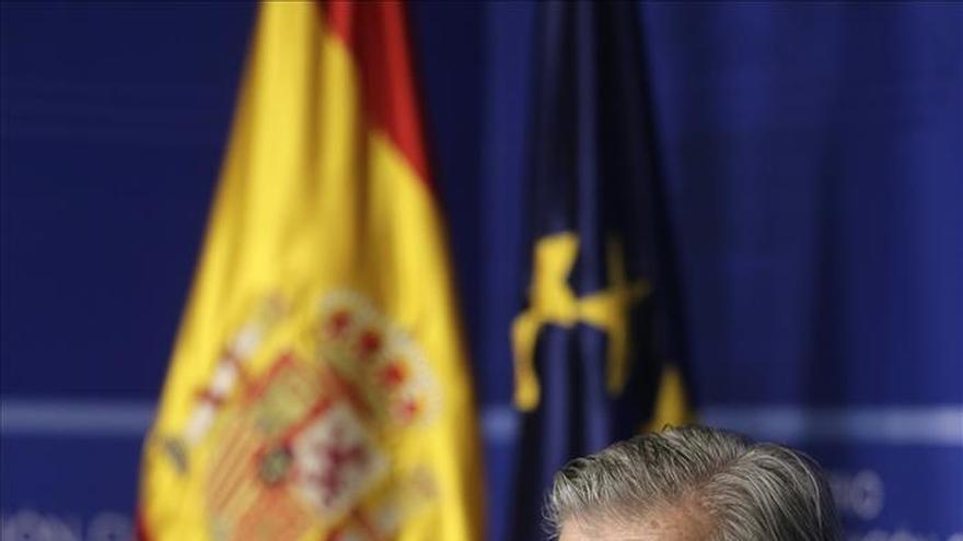 Méndez de Vigo: sería bueno que los partidos contaran con quién van a pactar