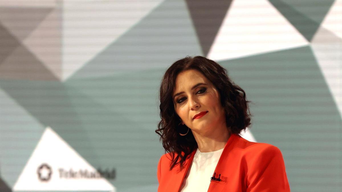 La candidata del PP a la Presidencia de la Comunidad de Madrid, Isabel Díaz Ayuso durante el debate en TeleMadrid.