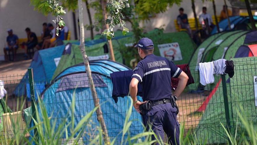 Hungría planea detener a los solicitantes de asilo hasta que se resuelva su caso