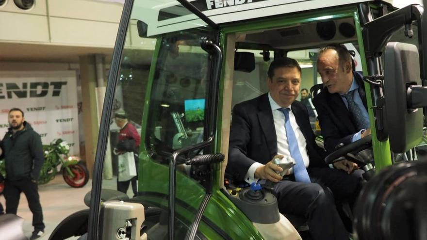 El ministros Luis Planas en la Feria de Maquinaria de Valladolid
