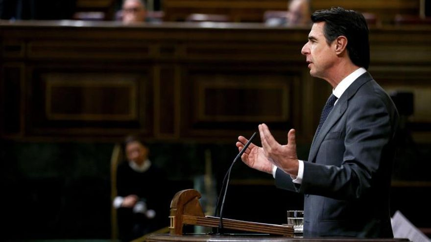 José Manuel Soria ve en las mejores previsiones del FMI un aumento de la confianza