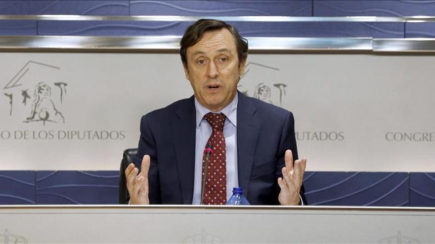 El PP acusa a Sánchez de apoyar una izquierda extremista que ampara la violencia