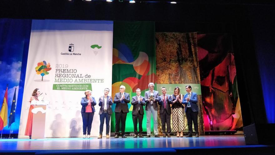 greenpeace recibe premio dia regional medio ambiente