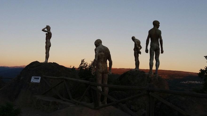 Monumento a los guerrilleros en El Torno