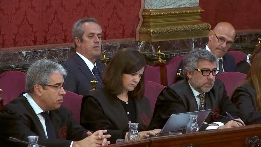 Ferrán López: Puigdemont dijo que proclamaría la DUI si había incidentes el 1-O