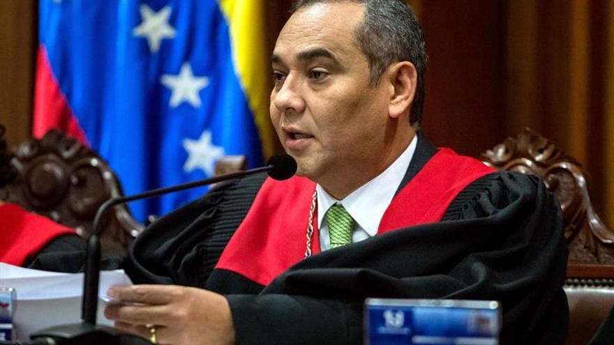 El presidente del Supremo venezolano dice que las sanciones de EE.UU. son para intimidar