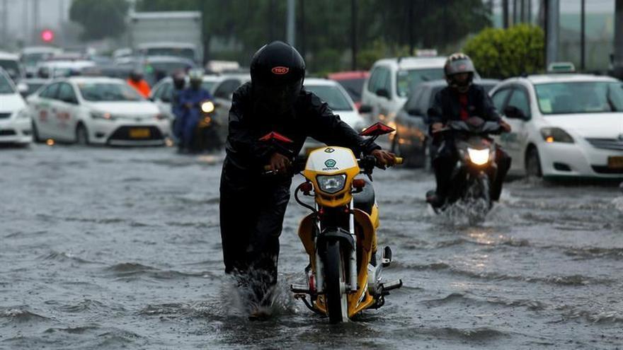 El tifón Nepartak causa al menos 2 muertos y 70 heridos en Taiwán y pierde intensidad