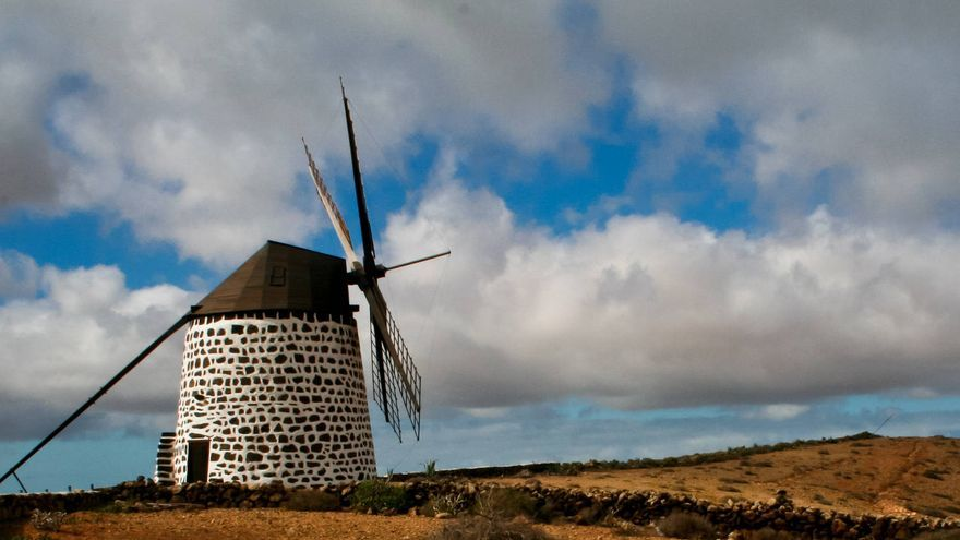 Molino en Villaverde, al norte de la isla de Fuerteventura.