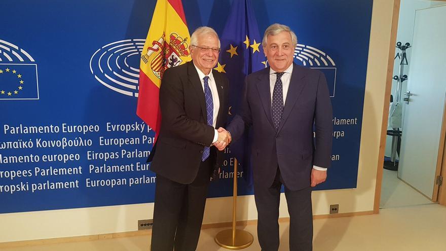 Josep Borrell y Antonio Tajani en el Parlamento Europeo.