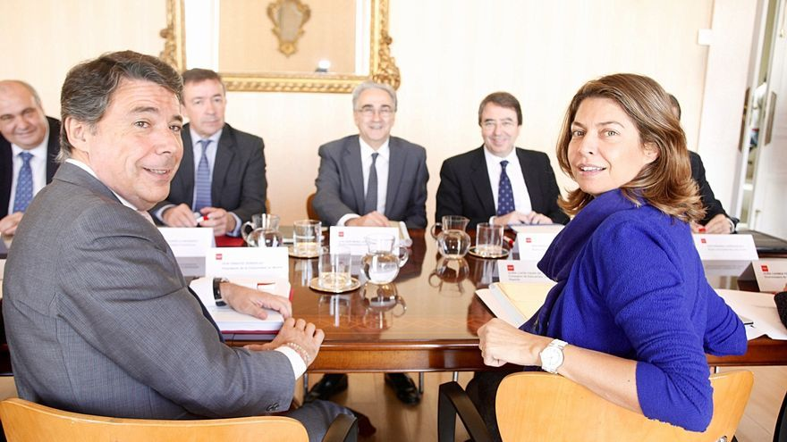 """Madrid defiende que las becas de educación suben un 33,5% para 2014, algo que IU tilda de """"engaño"""""""