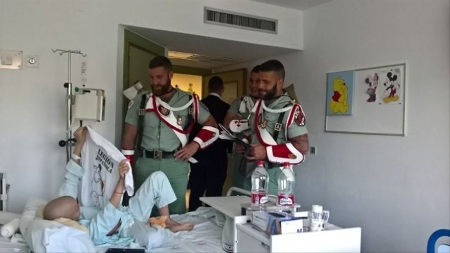 El Ejército de Tierra enmarca en la normalidad que la Legión cantara 'El novio de la muerte' en el hospital