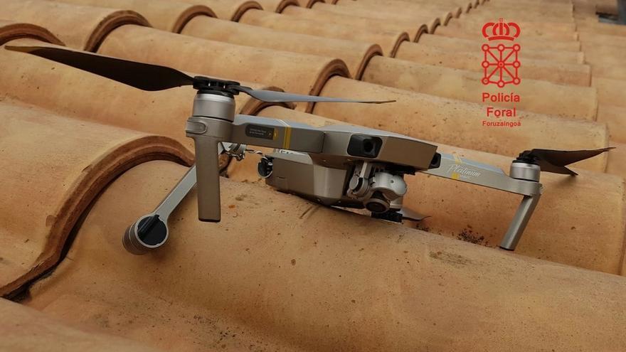 Policía Foral recupera en Olite un dron accidentado gracias a la colaboración ciudadana