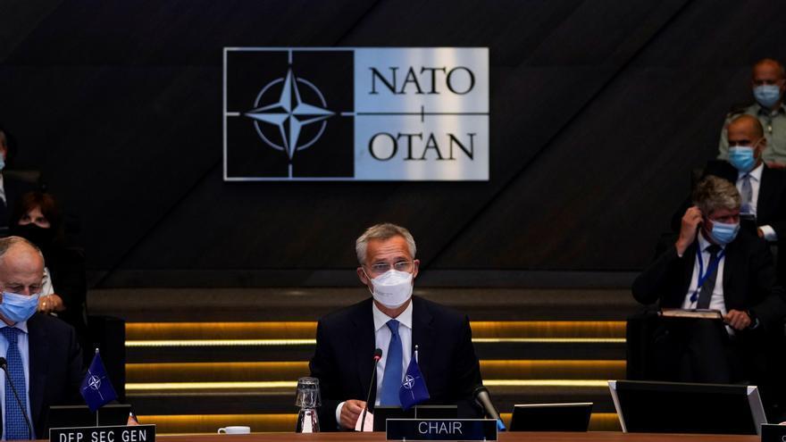 Tropas de la OTAN seguirán en el aeropuerto de Kabul y no descartan quedarse tras agosto