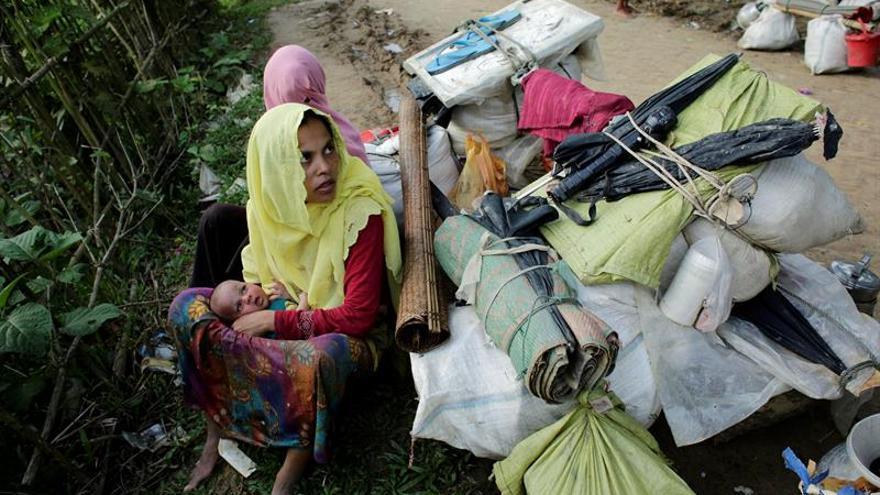 Aumentan hasta casi 380.000 los rohinyás huidos a Bangladesh