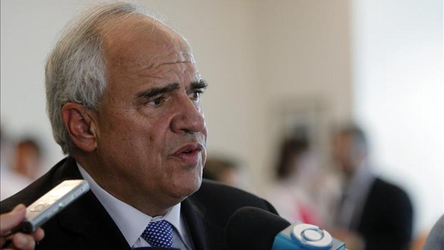 """Samper respalda al presidente de Venezuela ante las """"posibilidades"""" de un golpe"""
