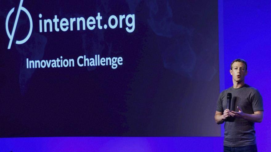 Mark Zuckerberg presenta el proyecto internet.org
