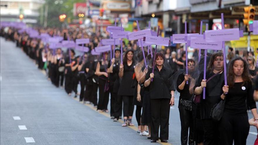 Una de cada cuatro mujeres sufre violencia doméstica en Uruguay, según una encuesta