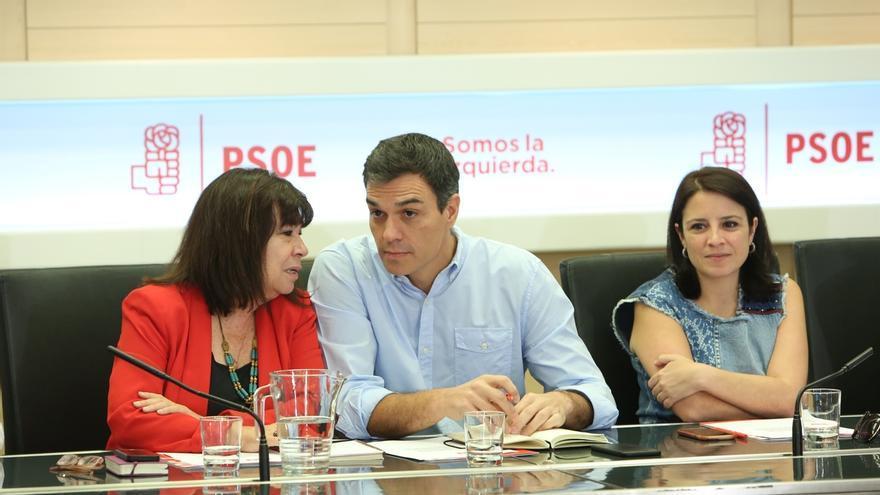 """El PSOE enmarca en la """"propaganda política"""" los preparativos de la """"delirante"""" ley de desconexión catalana"""