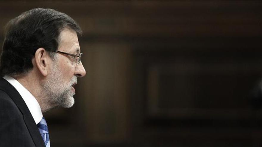 Rajoy reclama a ETA su disolución definitiva como organización terrorista