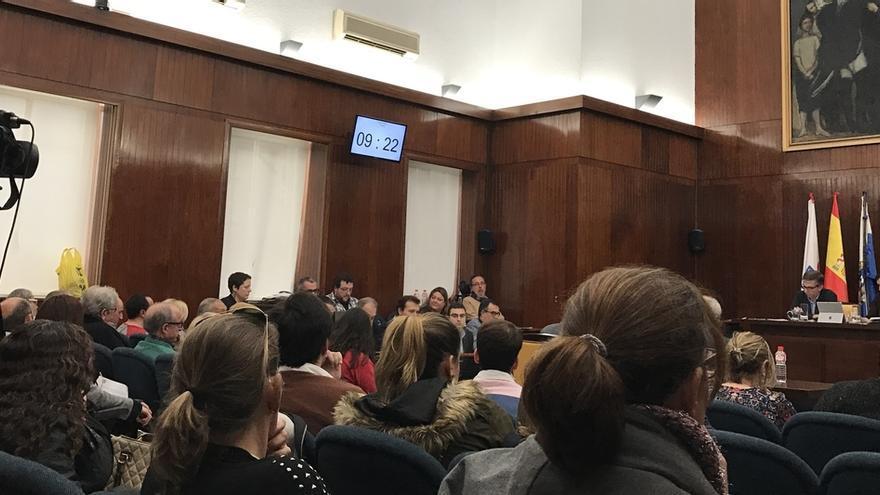 La abstención de Cs ayuda al PP a tumbar la petición de dimisión de la alcaldesa de Mantecón