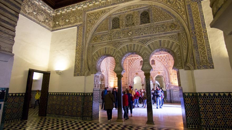 Una de las salas del Palacio de Pedro I en el Alcázar de Sevilla. Viajar Ahora