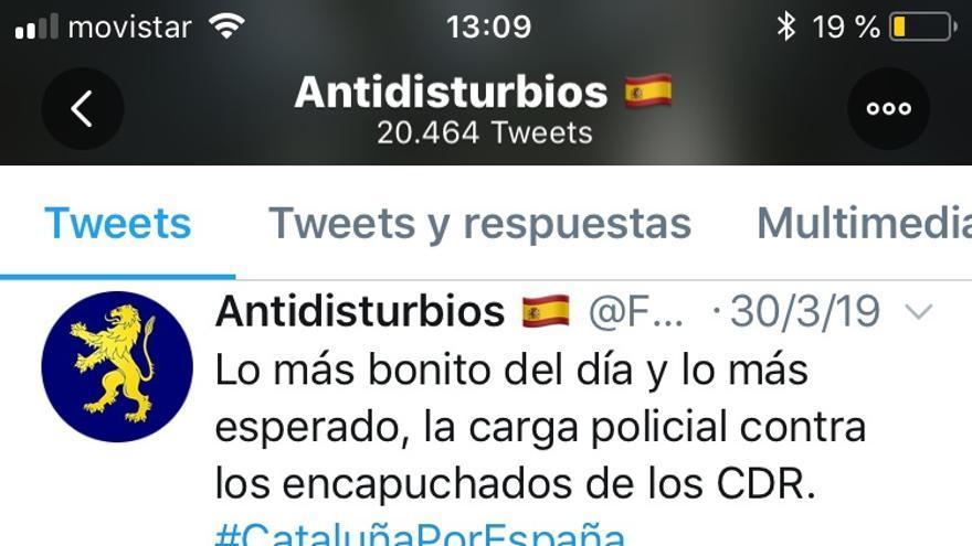 Tuit de 'Antidisturbios' celebrando una carga contra los CDR