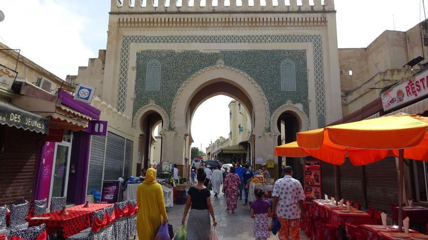 El arco de Bab Bou Jaloud que da acceso a la Medina.