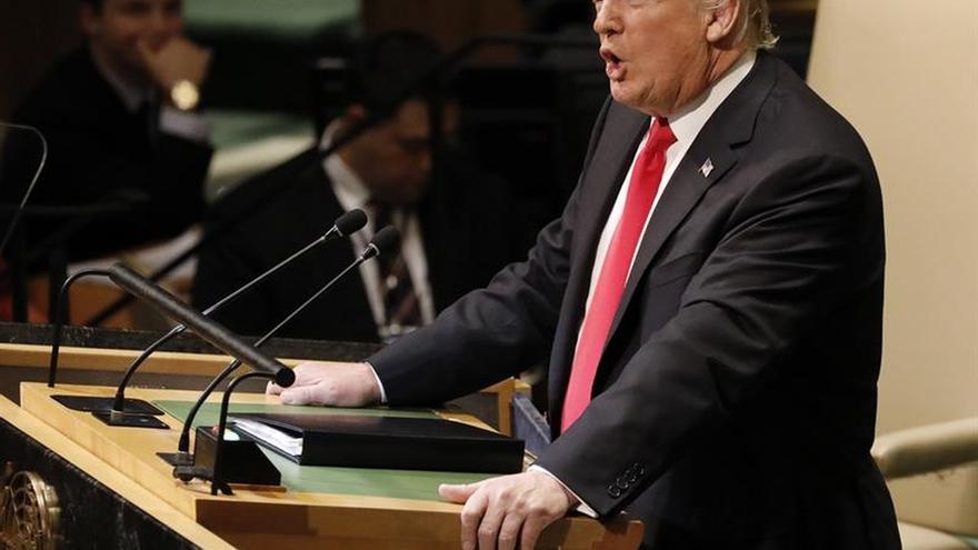 """Trump cree que un golpe militar contra Maduro podría triunfar """"rápidamente"""""""