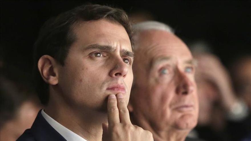 Rivera pide a Rajoy y Sánchez que C's se incluya en el Pacto Antiyihadista