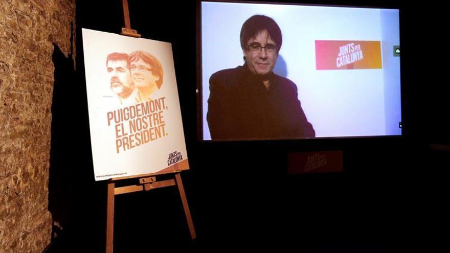 Puigdemont interviene por streaming en la presentación de su campaña