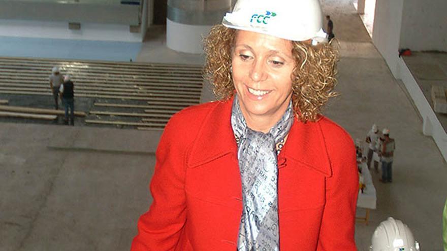 María Isabel Déniz, en una visita al pabellón de Argana.