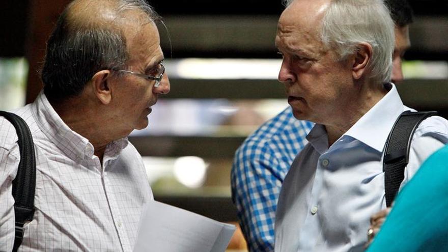 Aronson visitó una zona en la que el Gobierno colombiano consolida la paz con las FARC