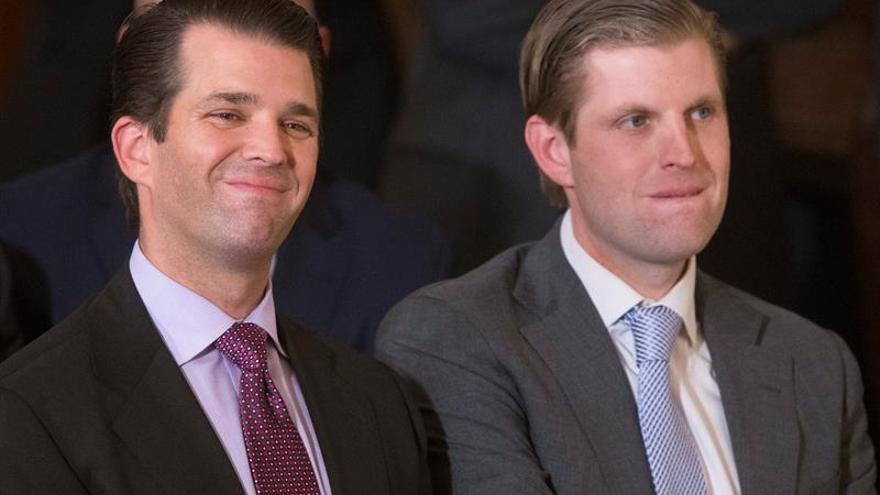 Donald Jr. y Eric, los dos hijos que se ocupan de convertir en dólares la presidencia de EEUU.