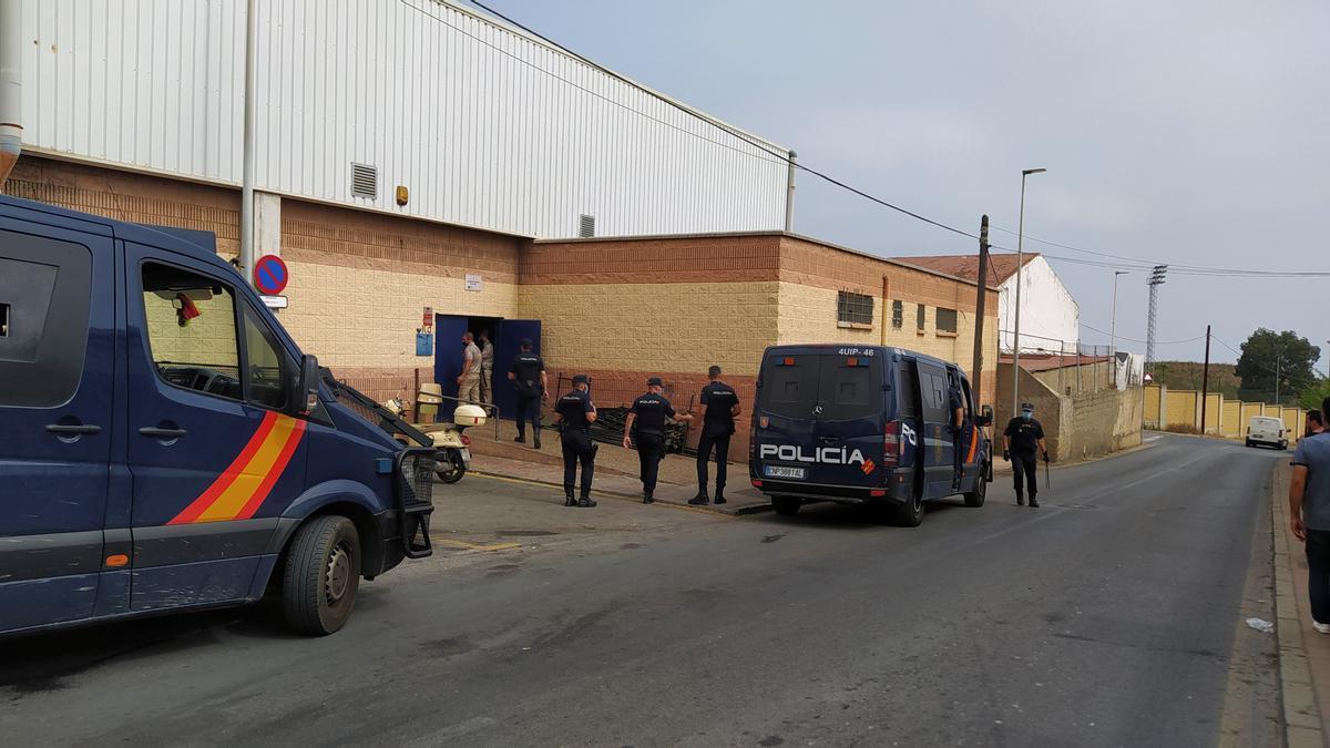 Vista del centro de menores Santa Amelia, en Ceuta, este sábado donde están alojados 234 de los menores marroquíes que habían entrado en Ceuta de forma irregular los pasados 17 y 18 de mayo. EFE/ Reduan Dris