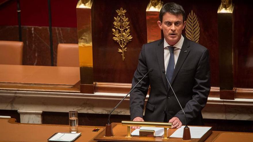 El gobierno francés se salta de nuevo la votación de su polémica reforma laboral