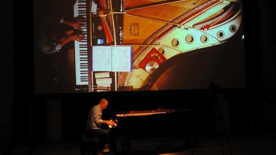 Agustí Fernandez, en una actuación al piano