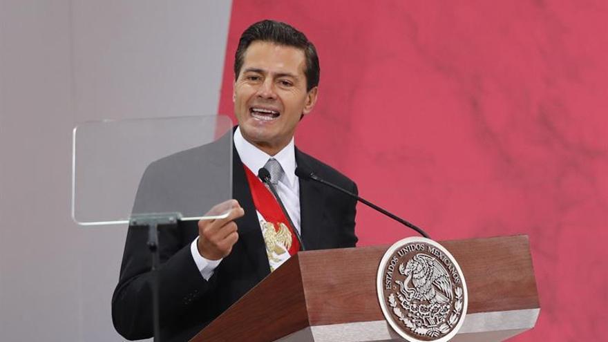 Peña Nieto llama a Rajoy para agradecer la ayuda de España por el terremoto