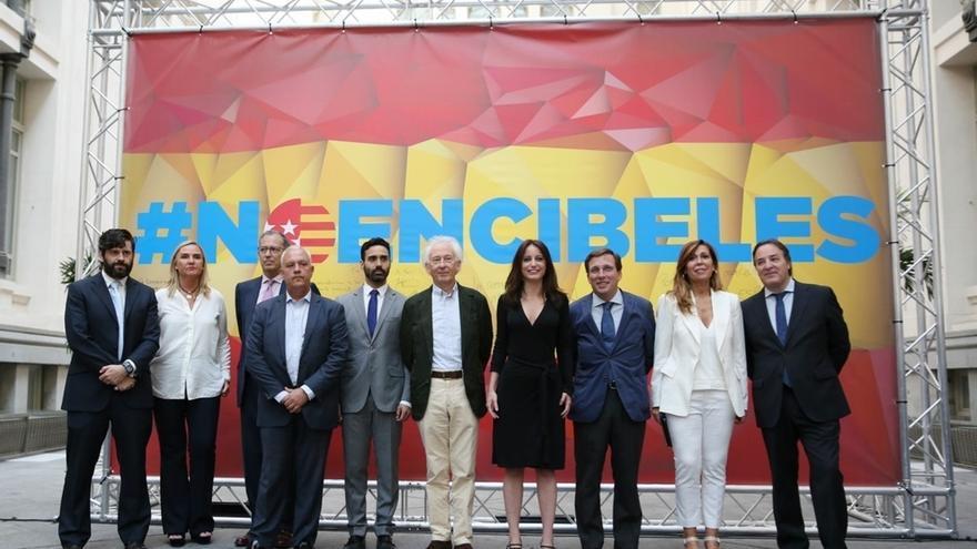 """PP carga contra el """"buenismo de Carmena, que pondrá alfombra roja"""" a Puigdemont en Cibeles"""