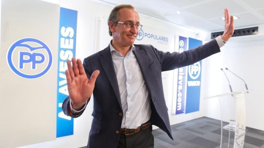 Alonso deja la política pidiendo respeto para la mayoría de edad del PP vasco