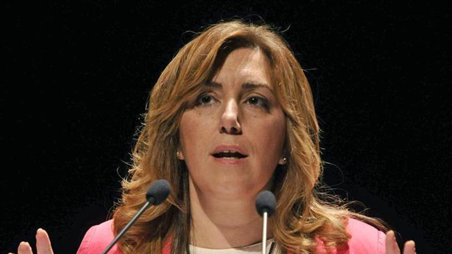 """Susana Díaz replica a Guerra que en Cataluña el camino es el """"diálogo"""""""