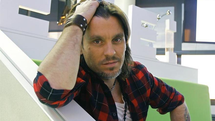 Javián (OT) presenta una canción a la preselección de Eurovisión 2016