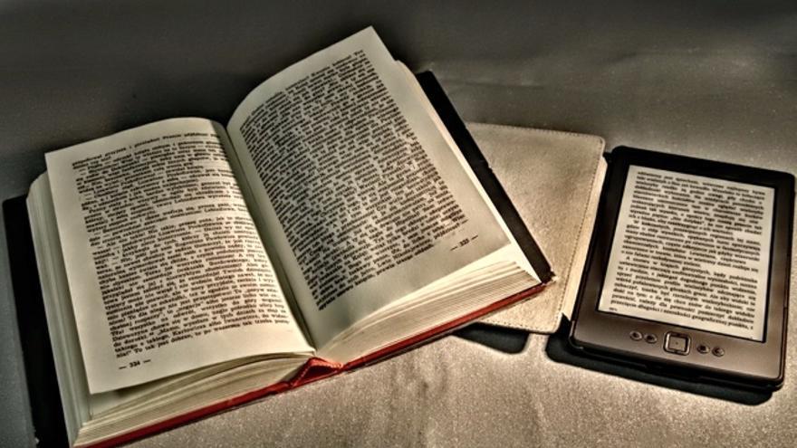 ¿Qué es mejor, leer libros impresos o electrónicos?