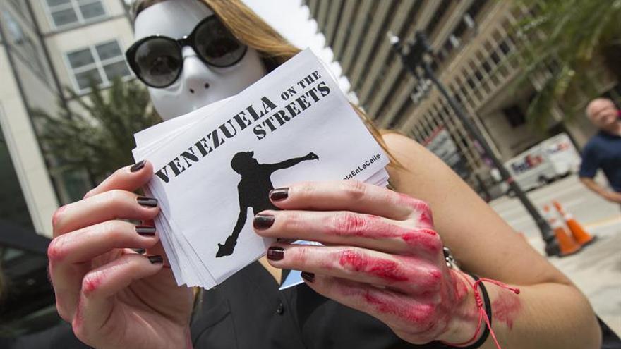 """Veppex pide a los gobiernos democráticos """"desconocer"""" el régimen de Maduro"""