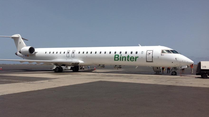 Avión de Binter en foto de archivo