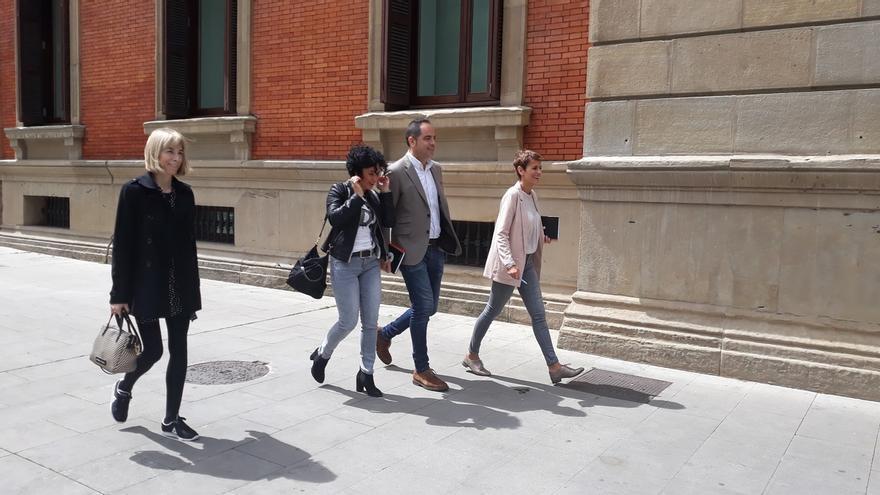"""PSN, tras reunirse con I-E, ve """"positiva"""" la ronda para formar gobierno en Navarra y niega dos versiones en el PSOE"""