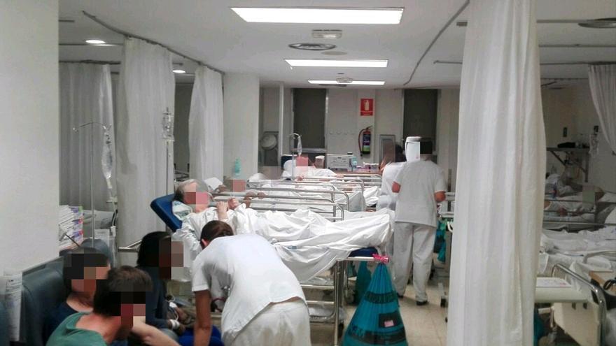 Las urgencias de un hospital español durante la epidemia de gripe.