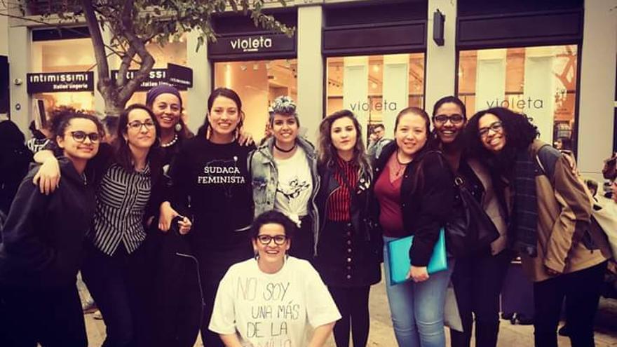 Integrantes del colectivo 'Mujeres con voz València'