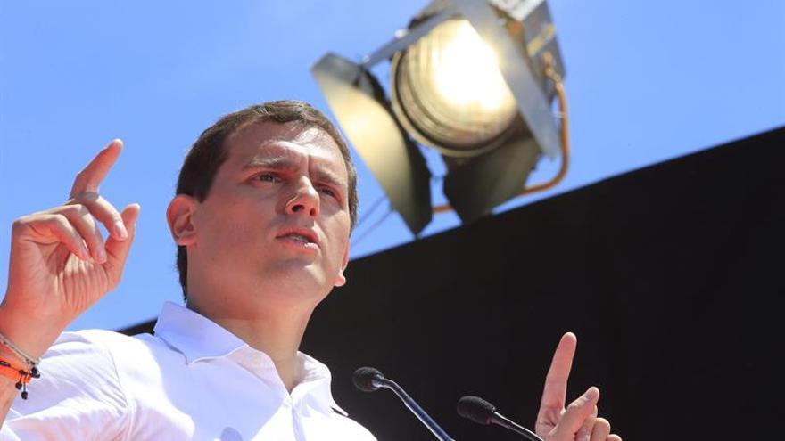 """Rivera critica que a """"algunos les moleste"""" que denuncie ataques contra C's"""