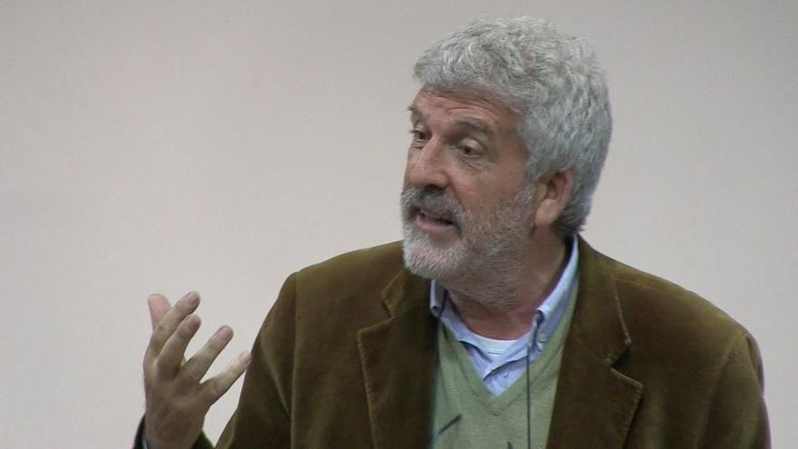 El filósofo y pedagogo Gregorio Luri, en una imagen sacada de una charla colgada en youtube