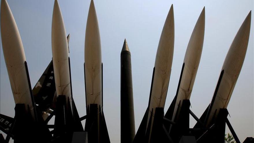 Corea del Norte lanza siete nuevos misiles al mar en plena etapa de tensión